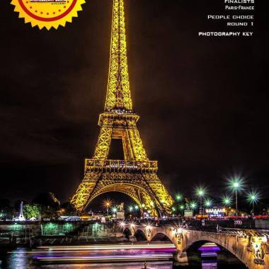 """Grand Winner of WORLD DISCOVERY CHALLENGE on """"Photography"""" Group and Magazine"""