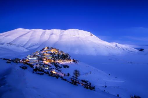 winter-in-castelluccio-di-norcia-1