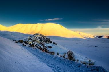 winter-in-castelluccio-di-norcia-3