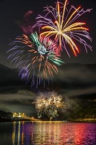 Fuochi d-Artificio_Lago_di_Fiastra_2017_Sibillini_Macerata (1)